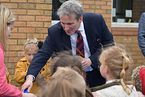 Damian Hinds, Education Secretary at Oak View Academy