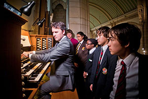 David Mason of Viscount Classical Organs with students - Investing in our future musicians